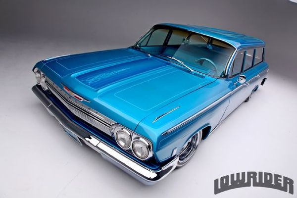 1962-chevrolet-impala-station-wagon-front-left-side-view.jpg