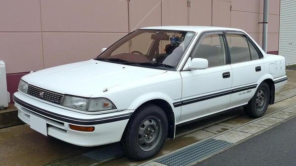 Toyota_Corolla_1989.jpg