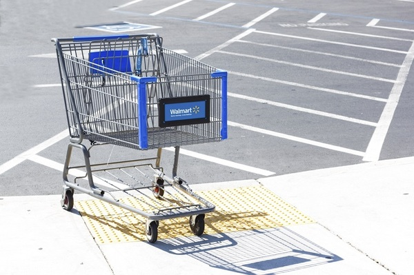 Walmart-Shopping-Cart-iStock_000027360384_Medium%20%281%29.jpg